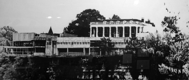 Black and white photo of the Hunter Mansion under construction.